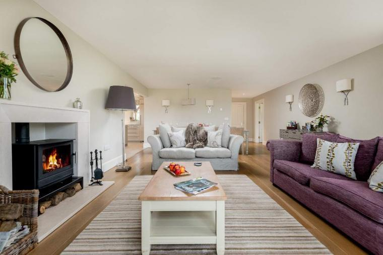 Sleeps 10+1, High Standard House with large garden and shared games room, Herefordshire, Photo 32