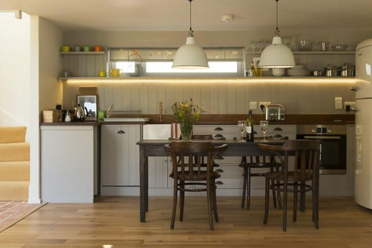 Skylark's Stylish Kitchen