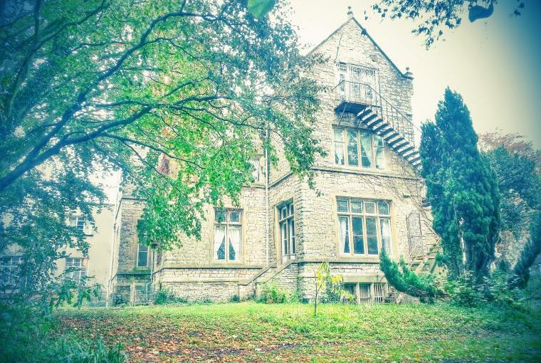 The Gothic Mansion external gardens