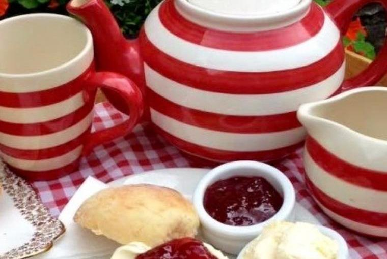Complimentary cream tea in our Hele Mill tearoom included on stays of one week