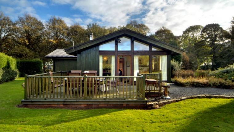 luxury pine lodge holiday Alnwick