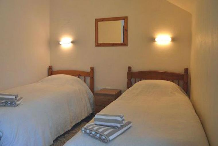 Badger Cottage Twin Bedroom