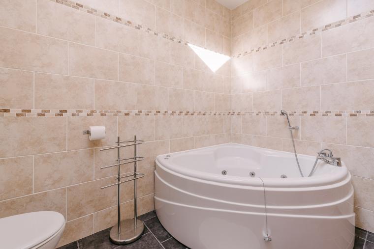 Whirlpool bathroom