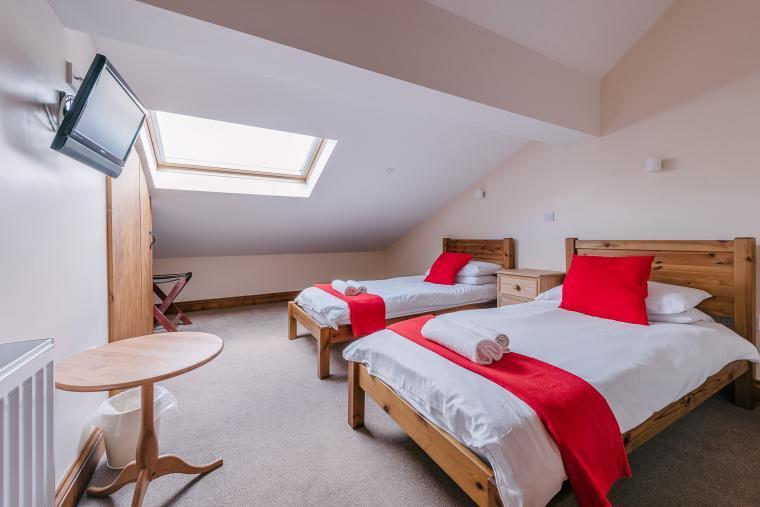 Twin en-suite bedrooms
