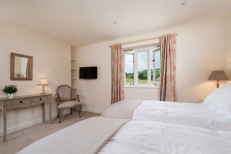 Luxurious en-suite bedrooms