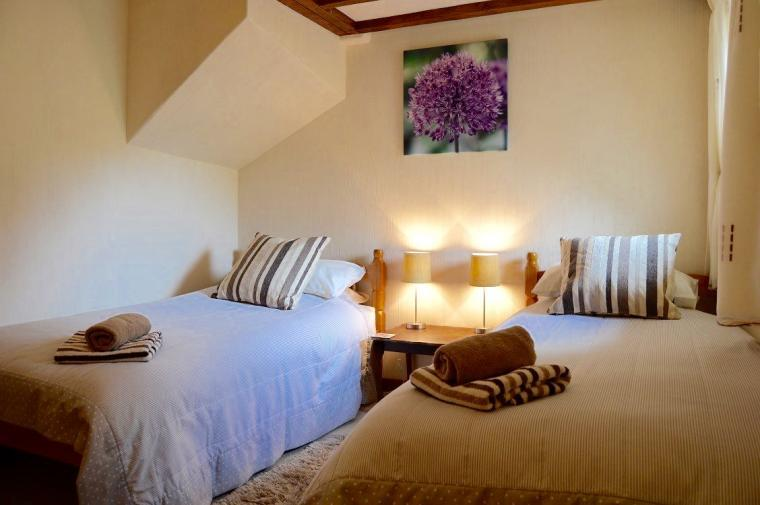 Hedgehog Cottage Twin Bedroom
