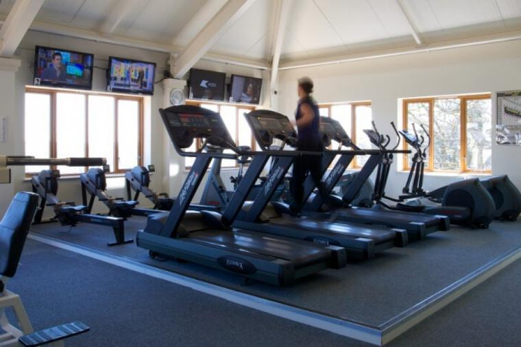 Highbullen Country Club Gym