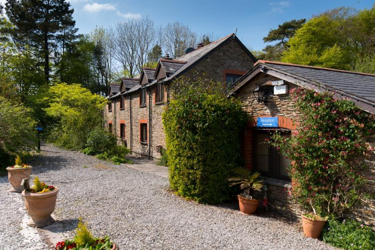The Farmhouse at Wheel Farm Cottages, Devon, Photo 26