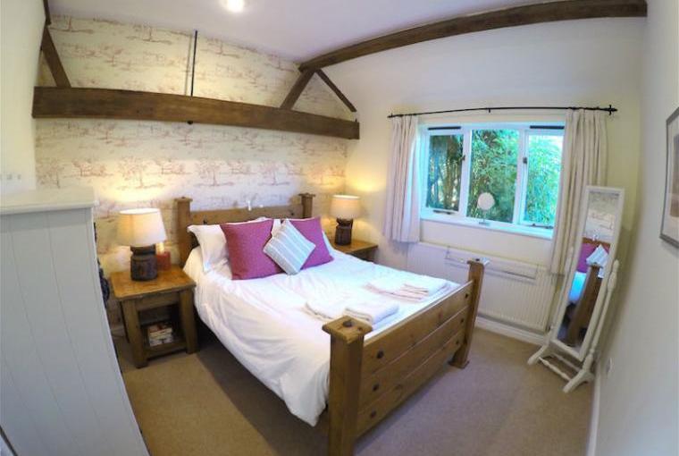 Blenheim-Cottage-Double-Bedroom