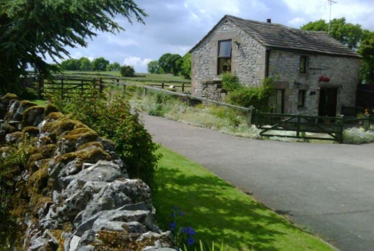 2 Bedroom Peak District Country Cottage