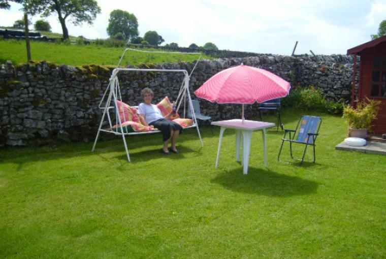 Relax and Unwind in the Peak District