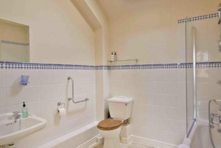 The Bathroom at Trinity Cottage
