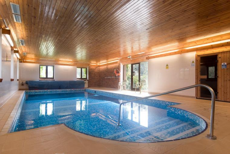 Indoor swimming pool, Wheel farm cottages