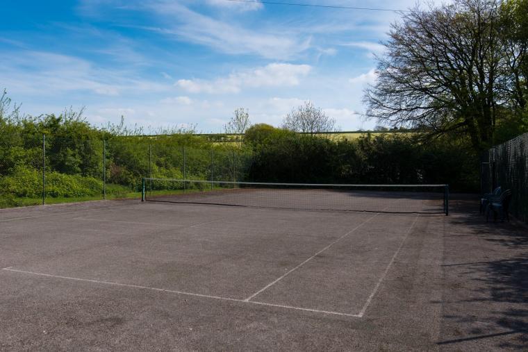 Tennis court, Wheel farm cottages