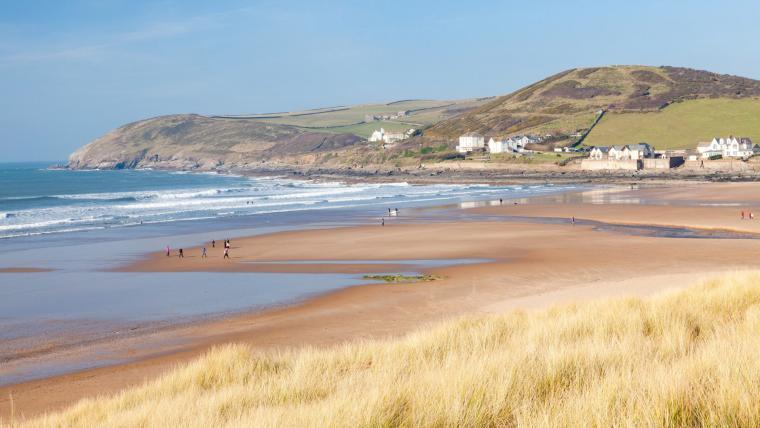 Stunning nearby coastline