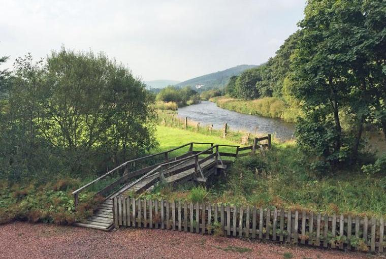 Holiday home on the river Peebles