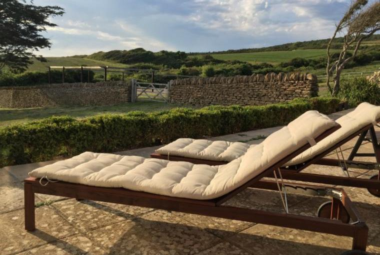 Relax and unwind on the Jurassic Coast