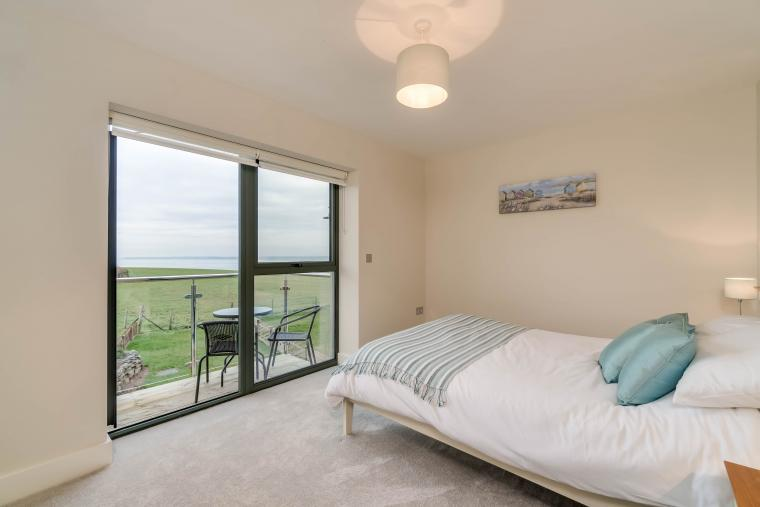 King size room with balcony and sea views