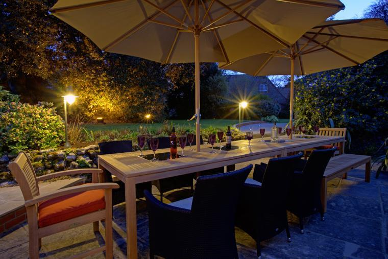 BBQ + alfresco dining