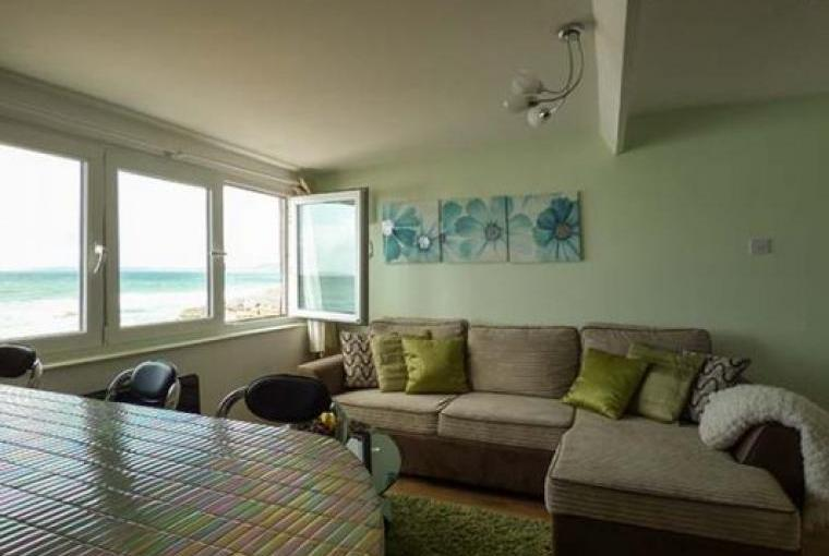 Lounge with sea views, Cornwall