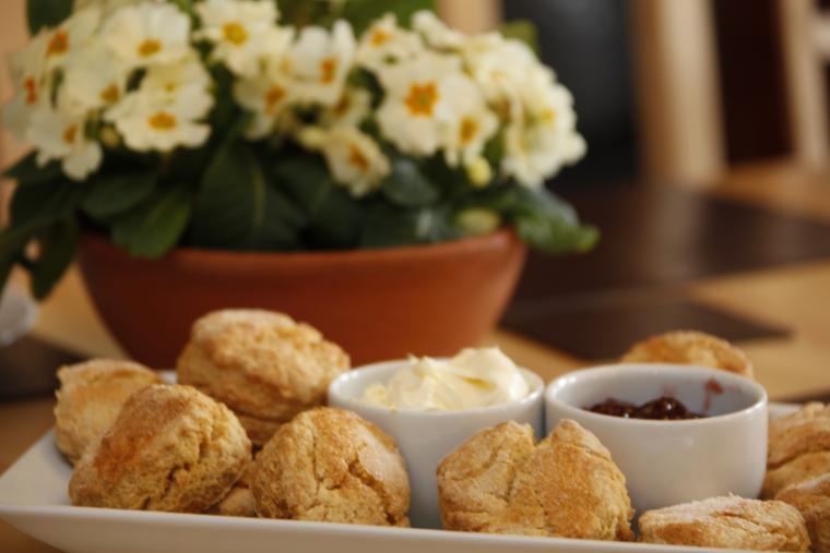 Relaxation time, Cream tea