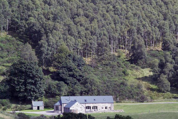 Weiroch Lodge, secluded setting