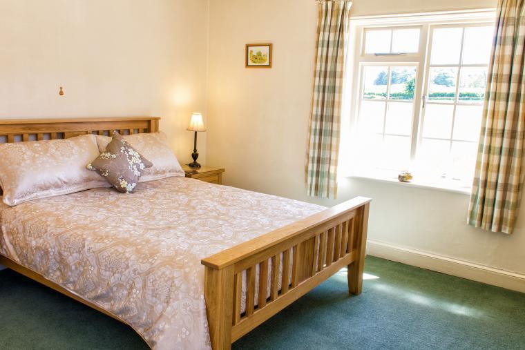 Oak framed king sized bed