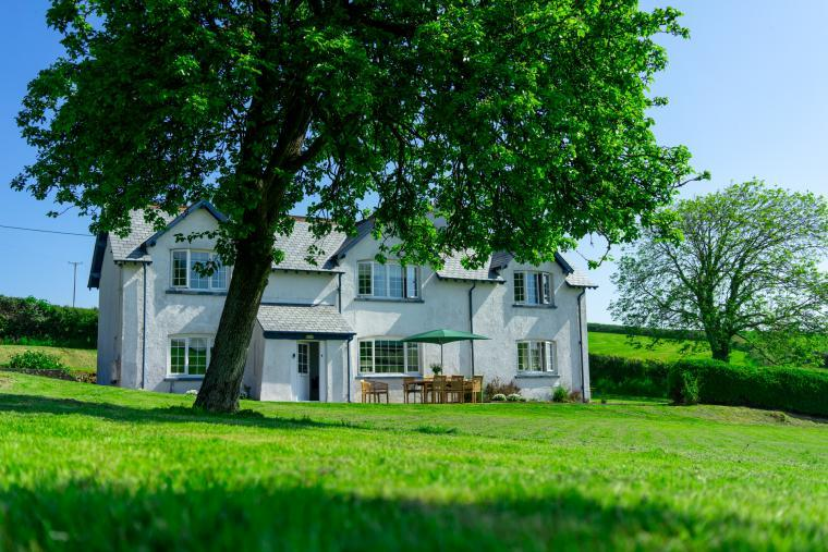 Large spacious countryside farmhouse close to the North Devon coast