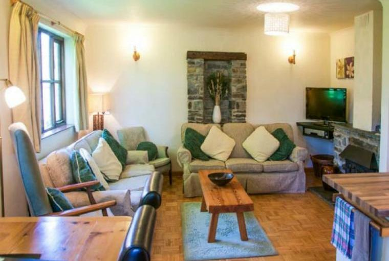 Relax at the Wheel Cottage near Penparc