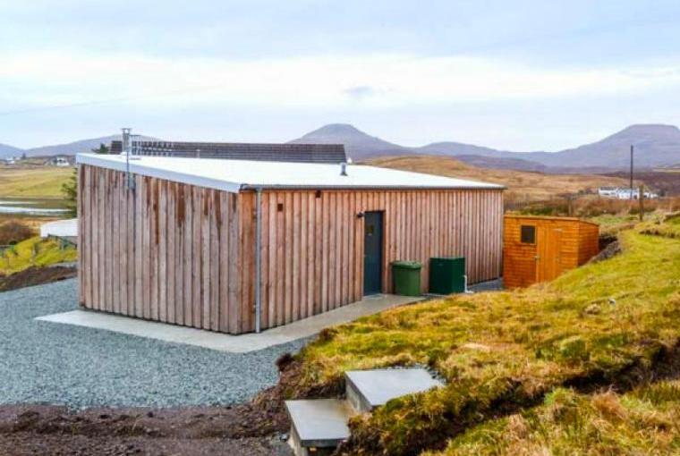 Stylish holiday lodge on the Isle of Skye