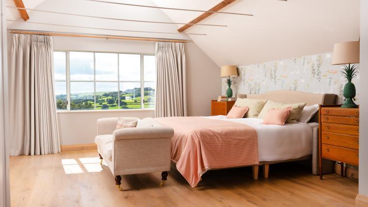 Comfy beautiful bedrooms