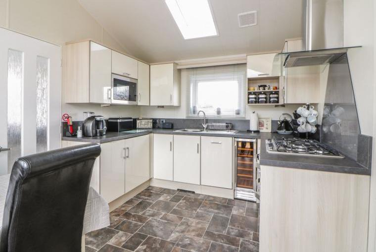 Kitchen, 12a Lodge