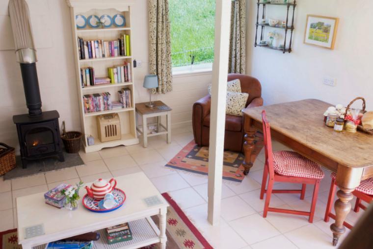 Ian's Cottage Lounge