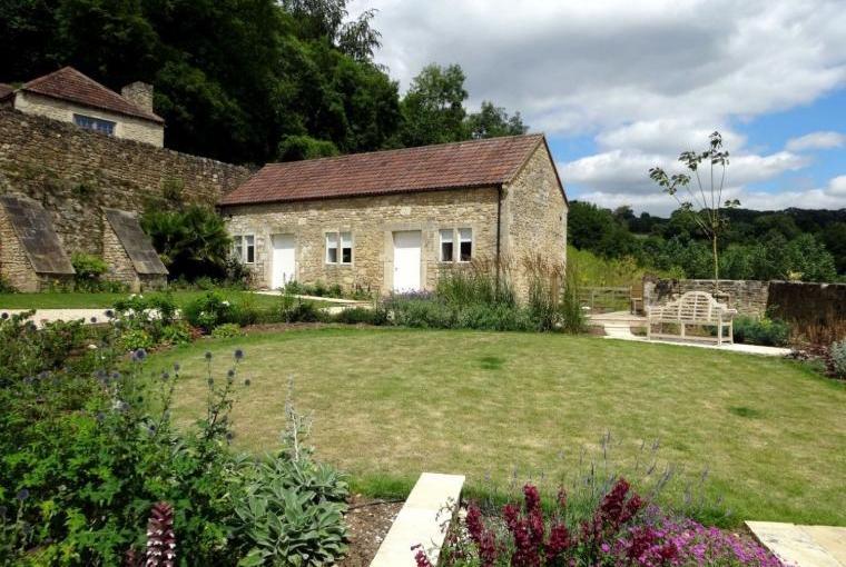 Week Farm, Sleeps 18, near Bath