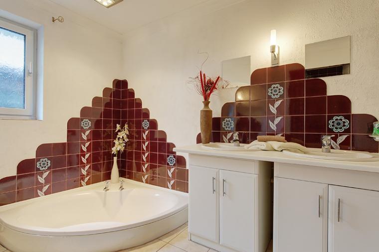 Athina Bathroom