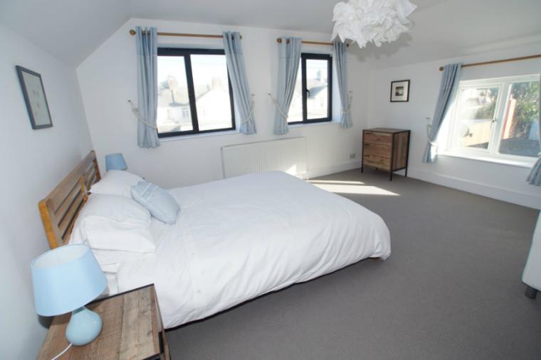 Comfortable bedrooms, Fairway House