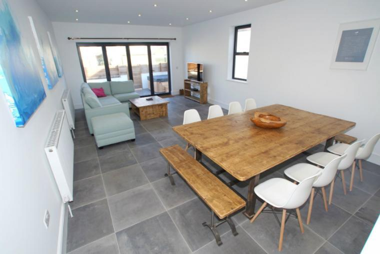 Spacious group accommodation, Bude