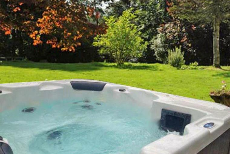Hot tub at the Old Manse of Monzie, near Crieff