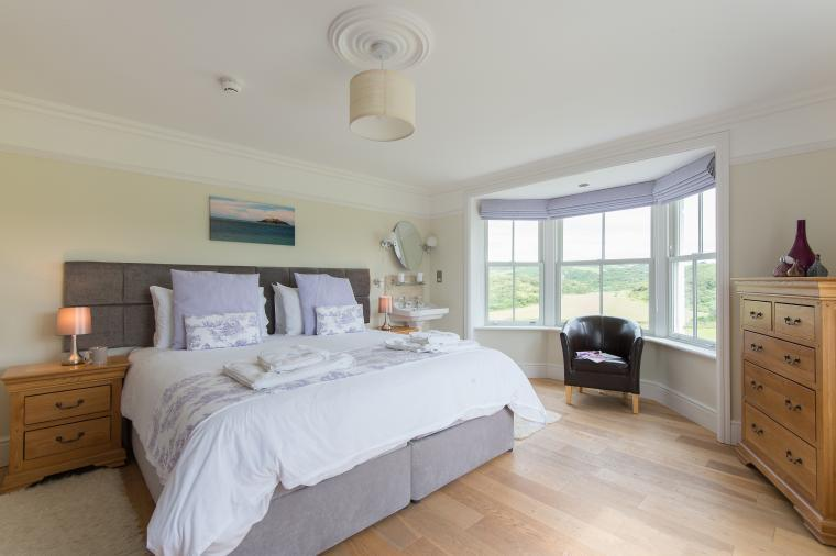 Llanlliana Country House, Sleeps 20, Anglesey, Wales