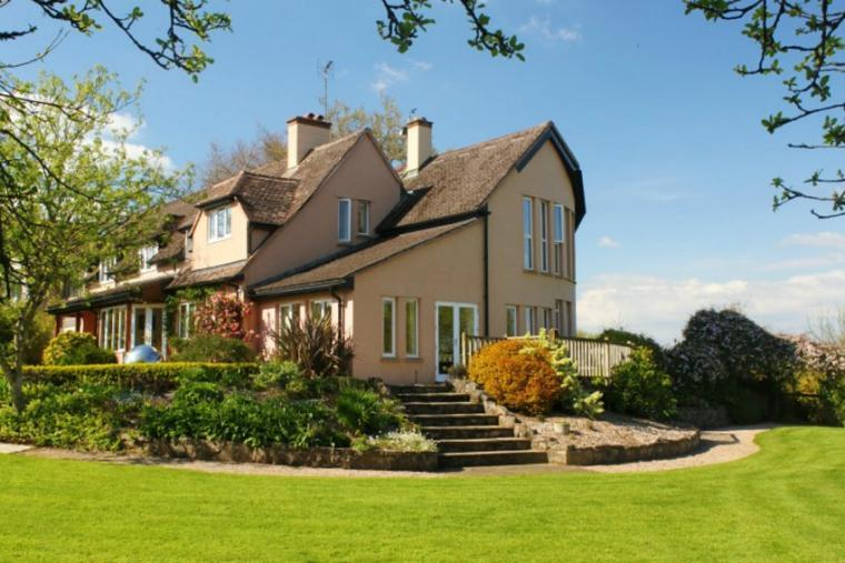 The Cottage Beyond, 6 Bedrooms, Somerset