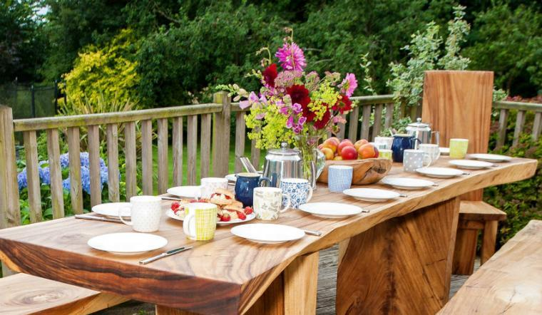 Outdoor dining area, the Cottage Beyond, Somerset