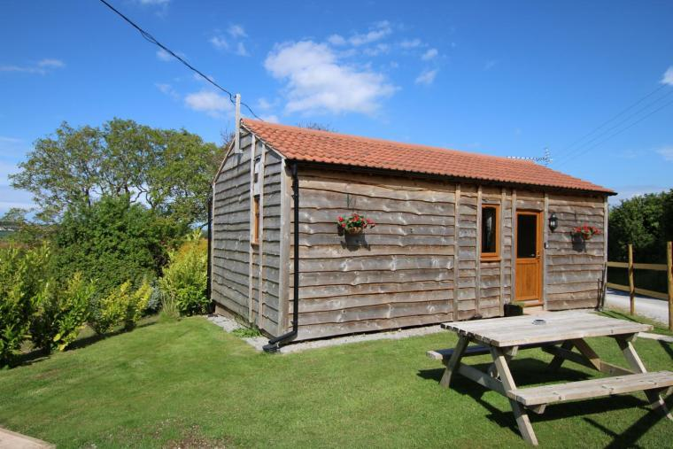 Cherry Lodge Romantic Cabin with Hot Tub, near Exmoor
