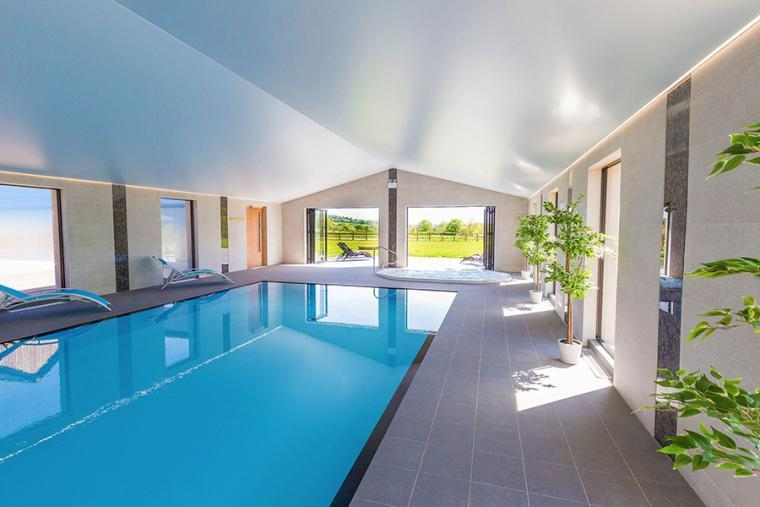 Luxurious Spa Hall with indoor pool, The Shires