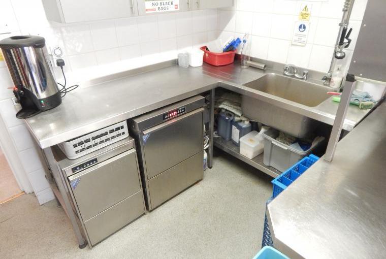 Forest House - Chef's wonderful kitchen