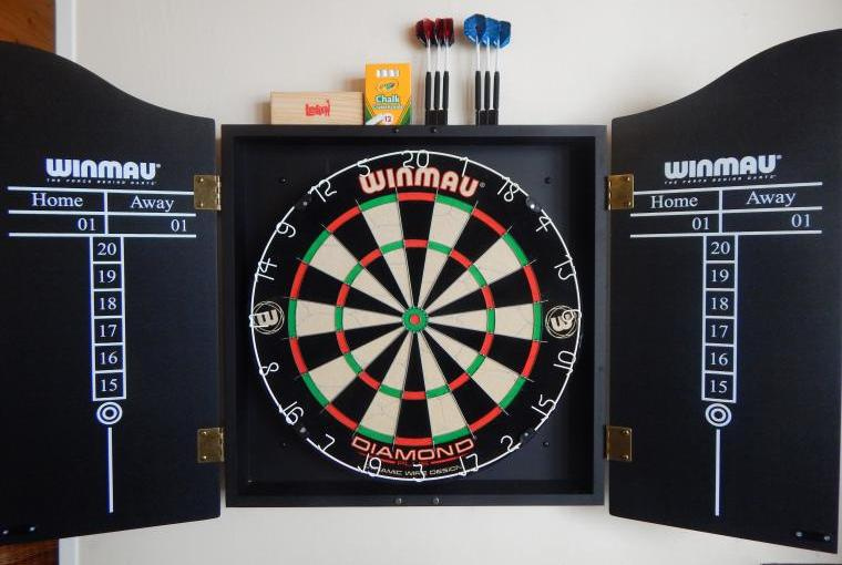 Forest House - Games Lounge darts