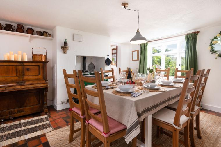 Magnolia Cottage, Goodleigh, Devon