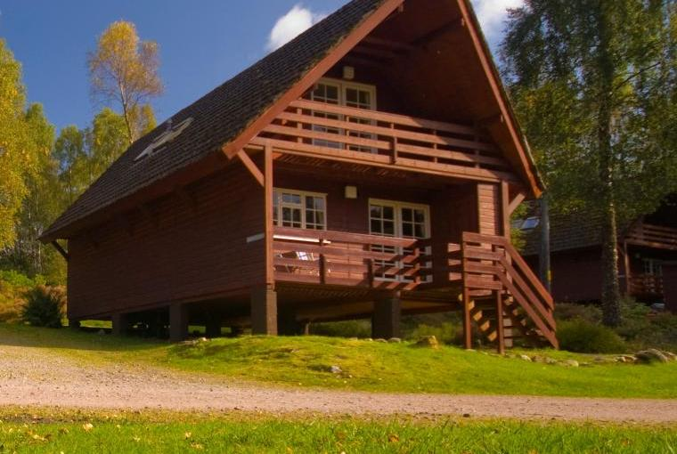 Lodge accommodation Tomich Holidays