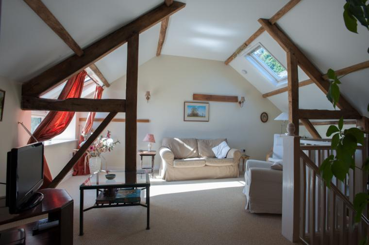 Light and airy lounge, Granary Cottage