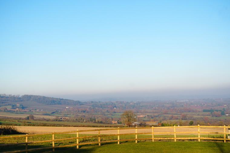 Sleeps 10, High standard, 5* Gold Award Winning House, M1 rated, ideal for all generations, Herefordshire, Photo 26
