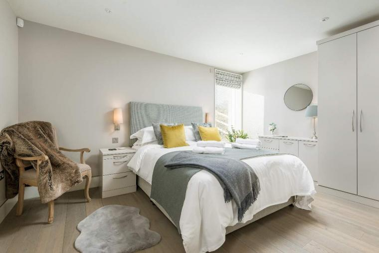 Sleeps 10, High standard, 5* Gold Award Winning House, M1 rated, ideal for all generations, Herefordshire, Photo 39